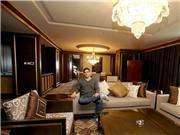 上海特锦赛OG Liquid抵达上海 酒店高大上